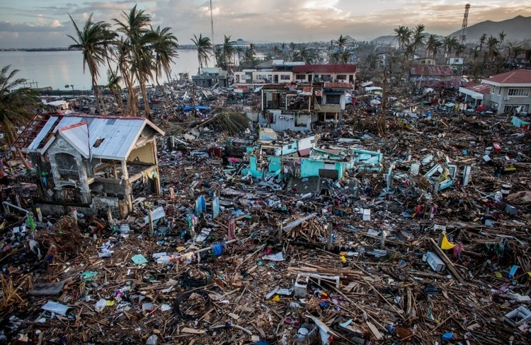 "I nagroda w kat. General News - reportaż, ""Typhoon Haiyan"", fot. Chris McGrath"