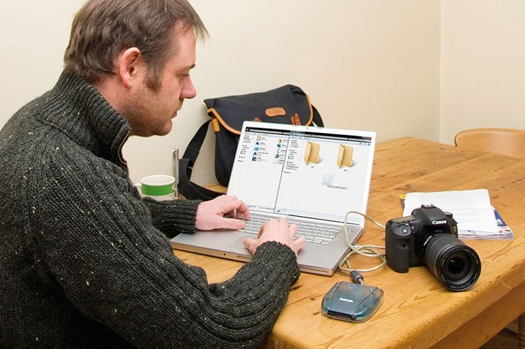 Uaktualnij firmware - usprawnij pracę aparatu fotograficznego