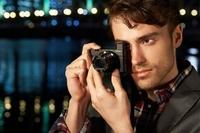 Wbudowany wizjer i jaśniejszy obiektyw, czyli III generacja Sony RX100