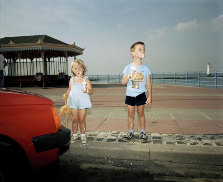 Martin Parr plaża dzieci