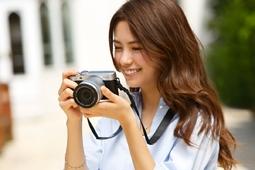 Fujifilm X-A10 - maluch w stylu retro z funkcją selfie