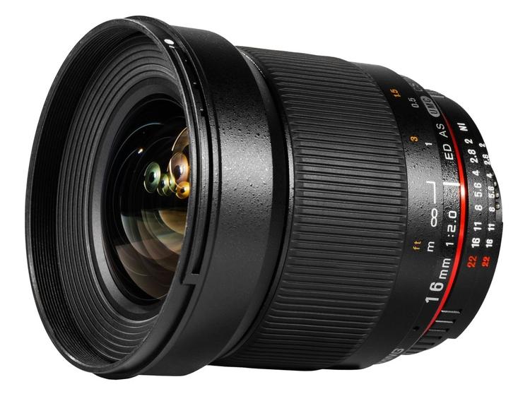 Manualny Samyang 16 mm f/2.0 ED AS UMC CS ma szeroki pierścień do ustawiania ostrości