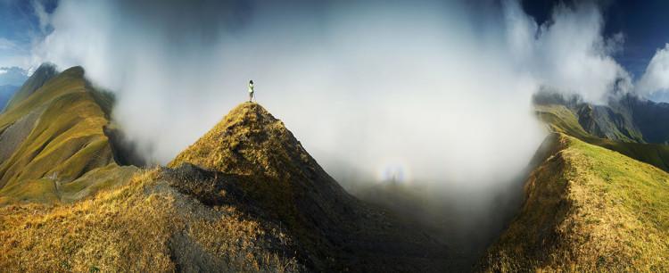 Aiguilles d'Arves we francuskich Alpach Delfinackich. Zdjęcie gór autorstwa Karola Nienartowicza