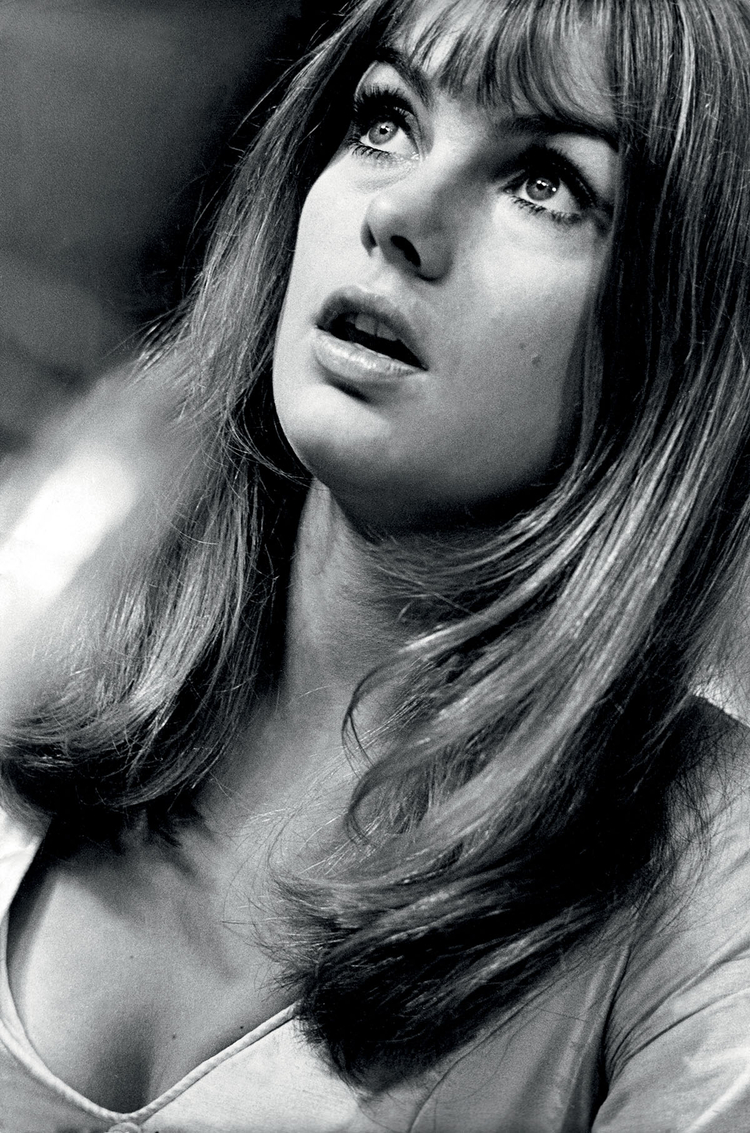 """""""Zawsze intrygowała mnie Jean Shrimpton. Spędziłem dzień w gospodarstwie jej rodziców. Jean była najlepszą modelką. Kochała swój kraj i swoje życie na farmie"""", fot. Terry O'Neill"""