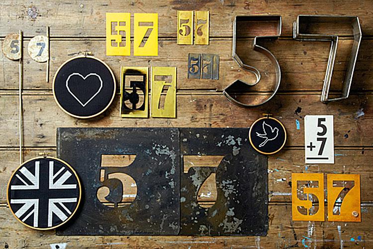Kilka podobnych obiektów w jednej płaszczyźnie. Zobaczcie, jak Max Attenborrough scala swoje zdjęcie komponując poszczególne elementy idając wszystkiemu żółto-czarny mianownik (fot. Max Attenborrough)