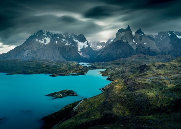 Patagonia - kraina z lodu i granitu [artykul w DCP]