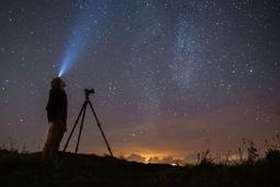 Astrofotografia krajobrazowa - wybierz sprzęt i zapanuj nad ustawieniami