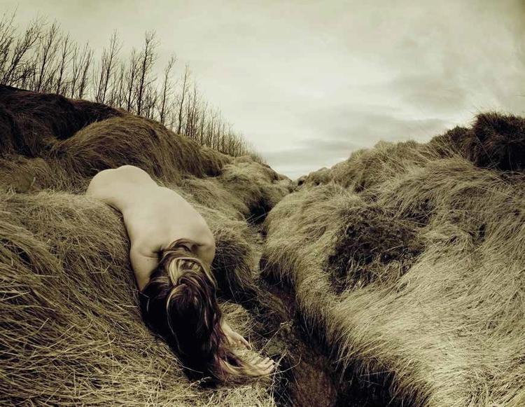 Niepokojące autoportrety Rebekki Guðleifsdóttir