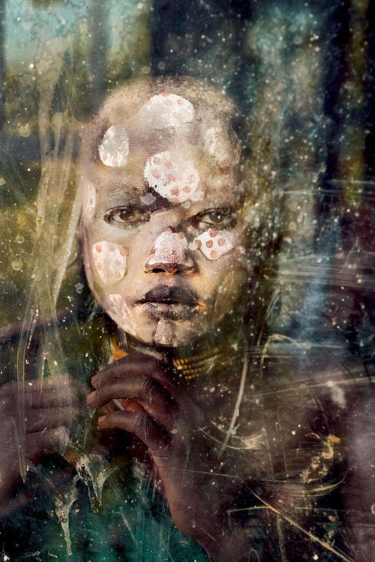 Chłopiec z plemienia Suri, 2012 r, fot Steve McCurry