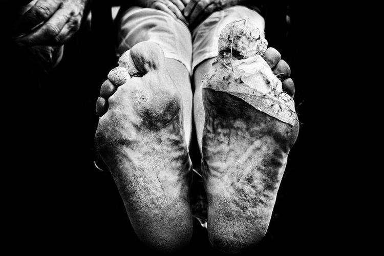 """Zdjęcie z serii pt. """"Bardzo Jasna Góra, Częstochowa, Polska"""", I miejsce w kategorii """"Fotoreportaż"""", fot. Arkadiusz Kubisiak"""