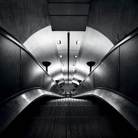 Zejdź pod ziemię... i fotografuj metro