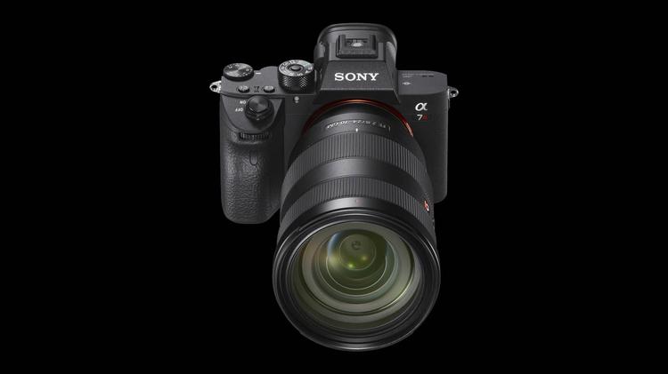 Sony A7R III - solidny i z mocnym wnętrzem
