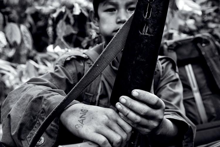 Młody żołnierz KNLA. Birma. fot. Marcin Suder