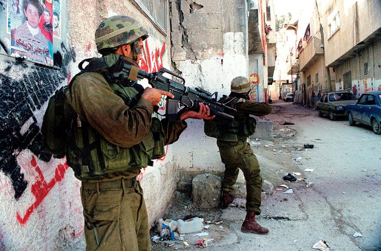 Z walk w obozie uchodźców Baalata. Nablus, Palestyna. fot. Marcin Suder