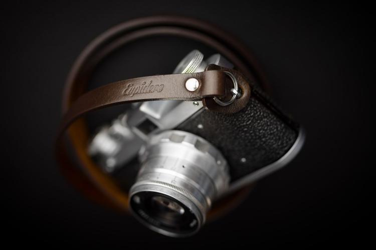 Eupidere - polska marka stylowych pasków do aparatów