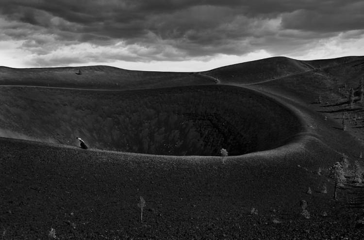 Człowiek w górach - zdjęcie - autoportret