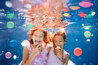 Po drugiej stronie lustra - fotografia podwodna Eleny Kalis