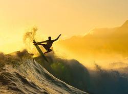 Pocztówka z adrenaliną – Lodowy surfer