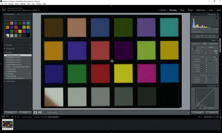 Zainstaluj wtyczkę ColorChecker Passport, wczytaj zdjęcie i wykadruj wzornik. Kliknij prawym przyciskiem myszy Export> ColorChecker Passport i nadaj nazwę profilowi.