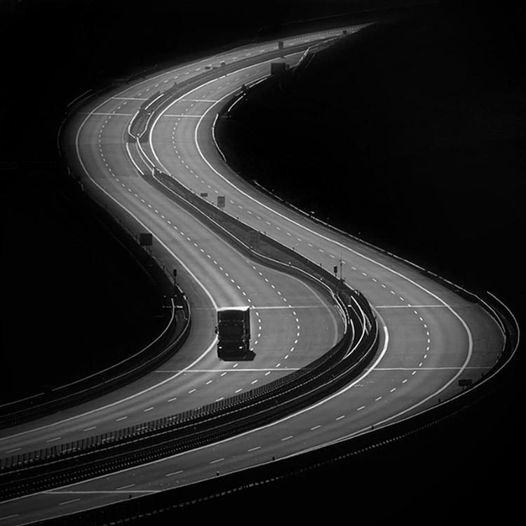 Samotność długodystansowca - droga w ujęciach Miro Simko