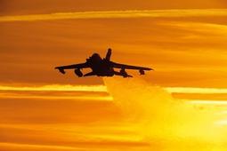 Sprawdź się jako fotograf na pikniku lotniczym