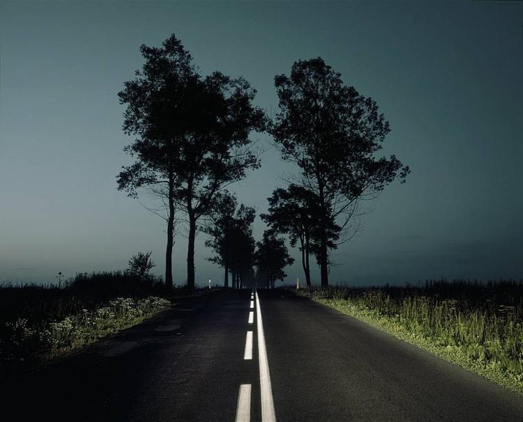 """Szymon Rogiński - """"Za dnia krajobrazy są zbyt trudne do sfotografowania"""""""